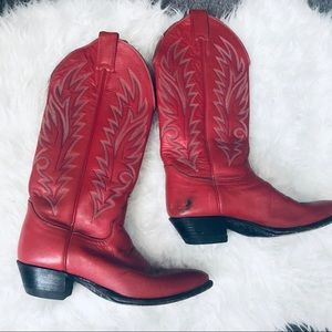 Vintage Red Leather  Justin Cowboy Boots 6.5